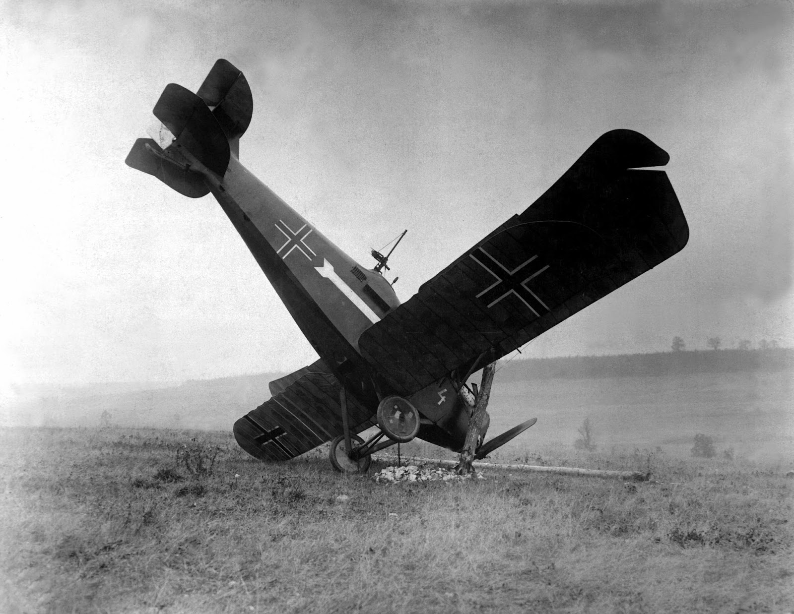 Historical photos ww1 planes in battle