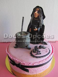 Bolo de aniversário de uma fã de bruxas
