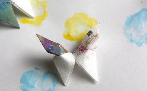 Membuat Origami dari Kertas Kado