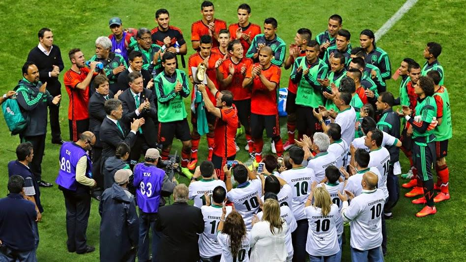 Homenaje a Cuauhtémoc Blanco en el estadio Azteca | Ximinia