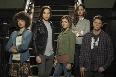 Ravenswood-First-Season-Review