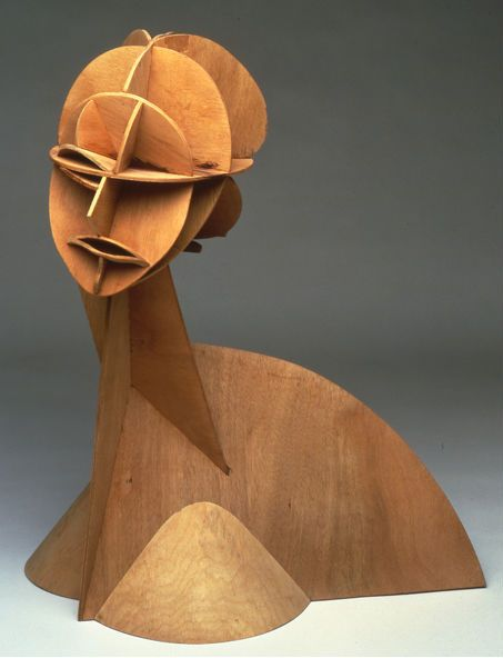 a study of the life of the artist naum gabo After school in kursk, gabo entered munich university in 1910, first studying  medicine, then the natural sciences, and attended art.