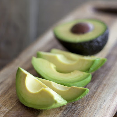 How to Use Avocado on Your Hair and Skin
