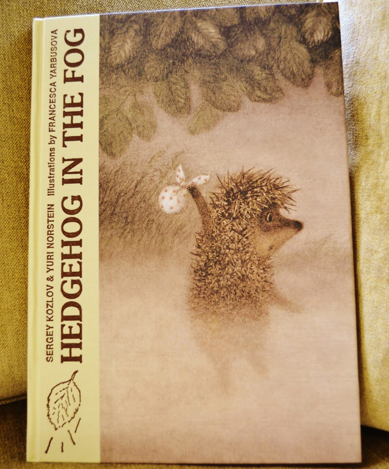 Who is the author of the fairy tale The Hedgehog in the Fog