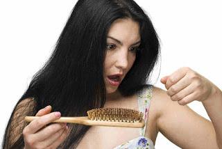impacco contro i capelli fragili, cura dei capelli con rimedi naturali
