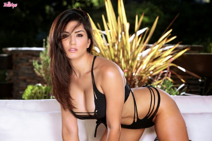 Beautiful Sunny Leone Pictures