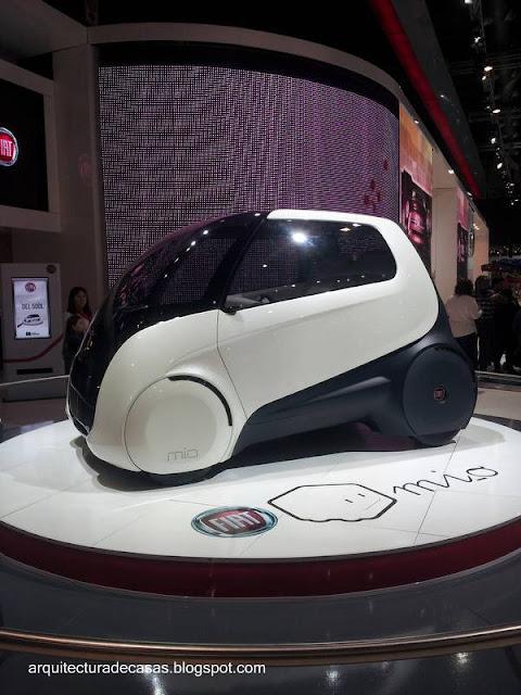 Automóvil pequeño eléctrico para ciudad