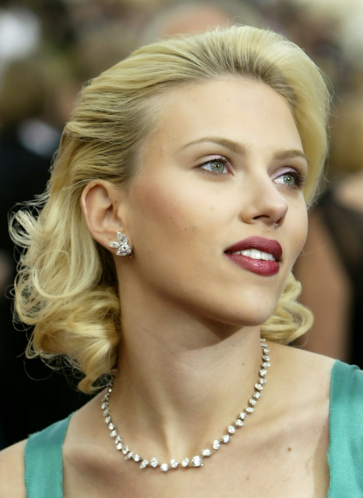 Scarlett Johansson Hairstyle Part1 14 Styling Fshs