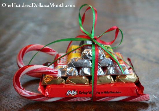 edible sleigh from candy canes