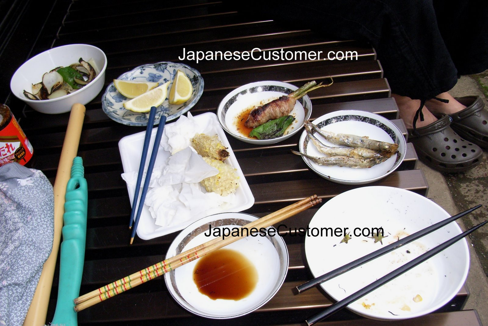 Summer bbq in Japan copyright peter hanami 2005