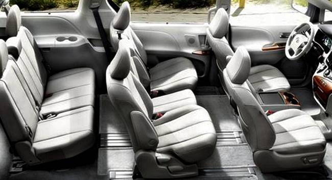 2017 Toyota Sienna Spy Shots