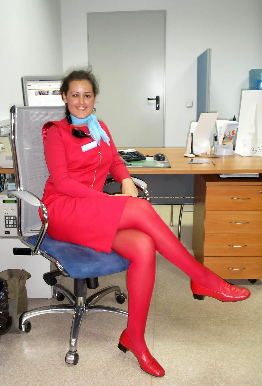 See the smile of Austrian Airlines cabin attendants ...