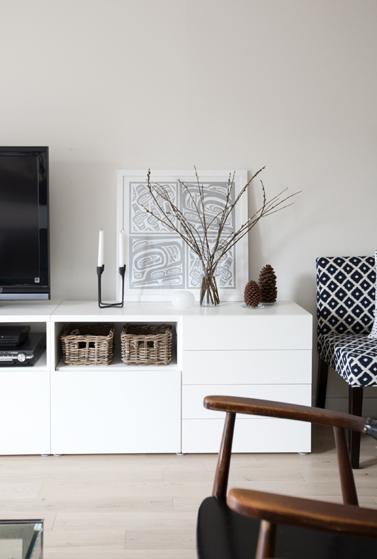 lilla hanna i stora v rlden tv b nk. Black Bedroom Furniture Sets. Home Design Ideas