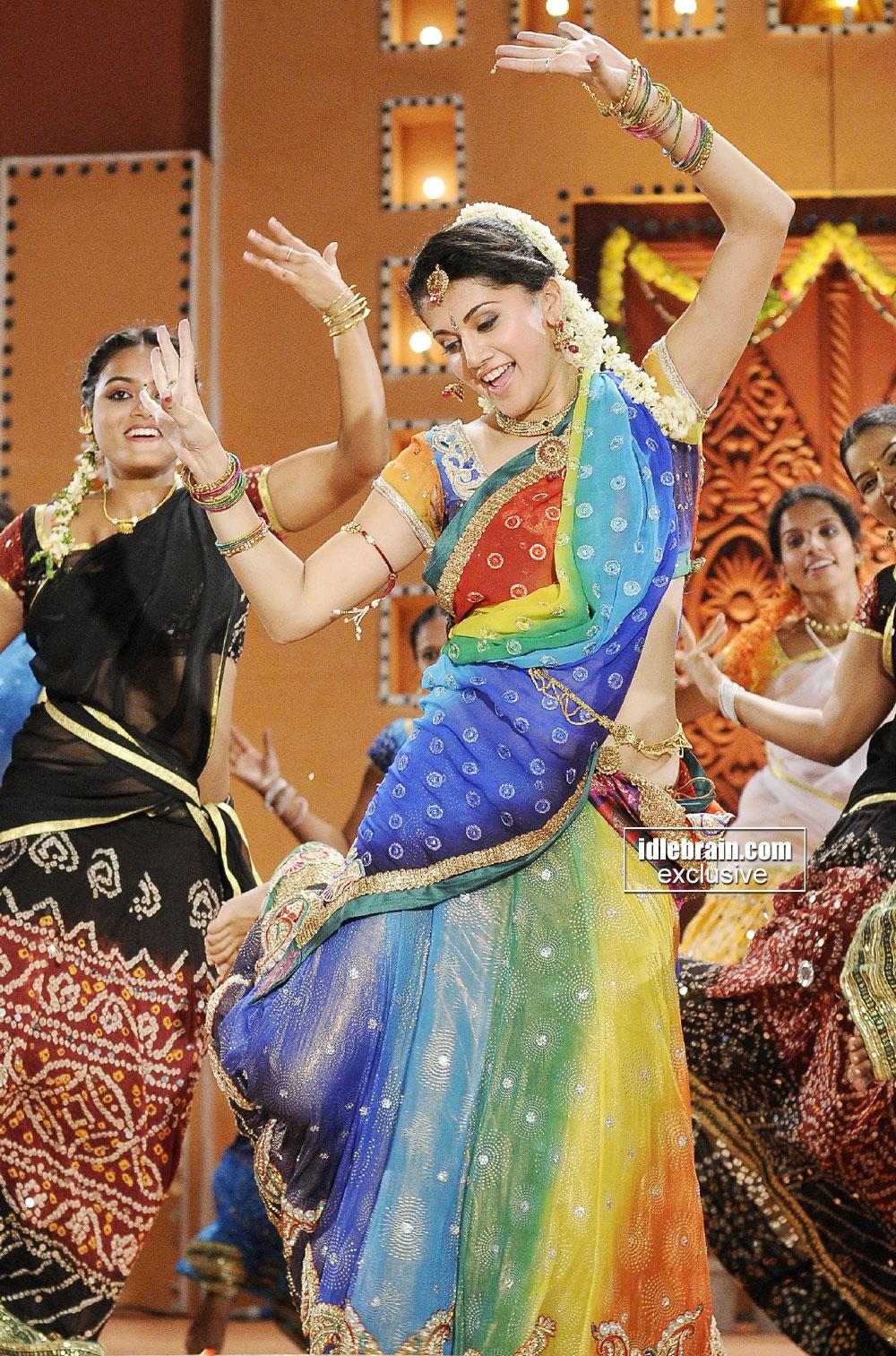 , Tapsee Pannu Dancing In Colorful Saree