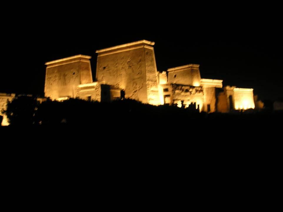 Templo de Isis. Templos egipcios. Arquitectura egipcia. Egipto a tus pies