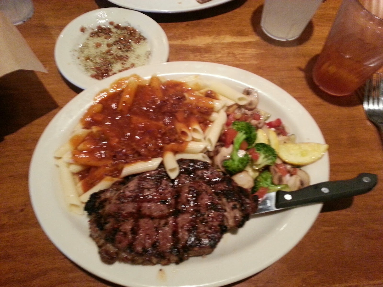 Review: Johnny Carino\'s Italian Restaurant on 290 and FM 1960 ...