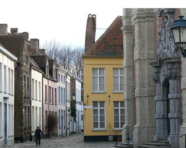 Begijnhof van Lier/Béguinage of Lierre.