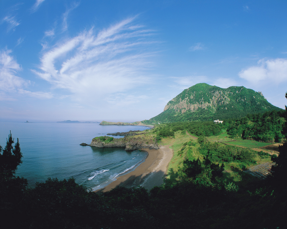 Jeju Island, South Korea: Coastal landforms and Processes