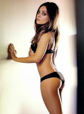 Mila-Kunis-Hot