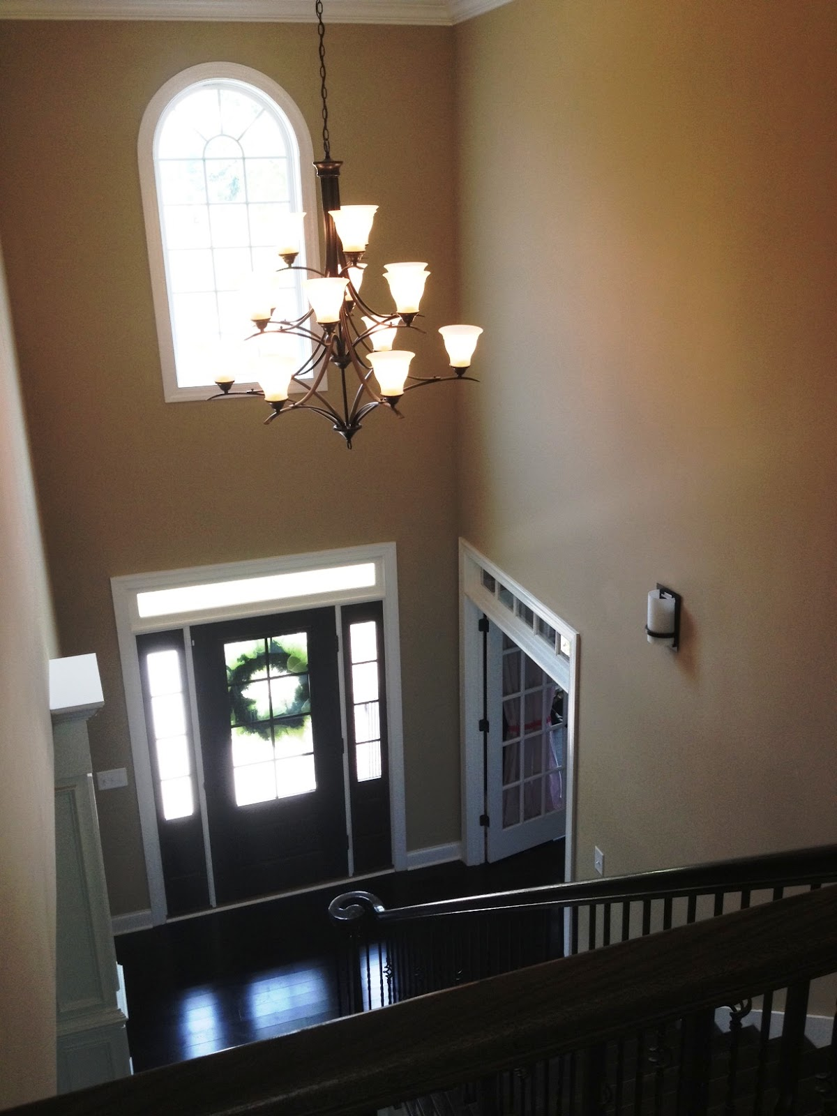 2 story foyer chandelier 2 story foyer with chandelier