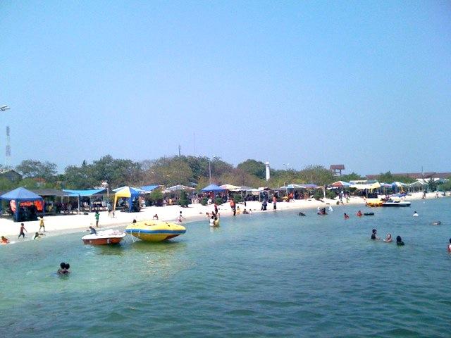 Travel Pulau Untung Jawa