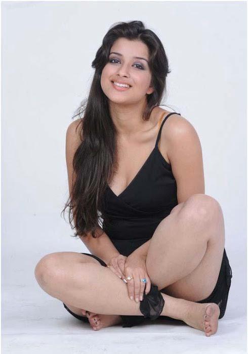 madhurima spicy , madhurima new spicy actress pics