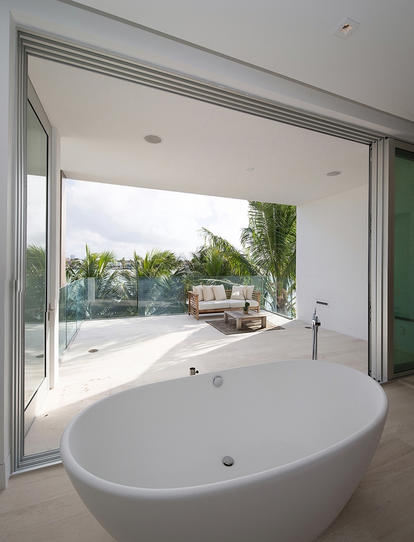Modern bathroom with terrace