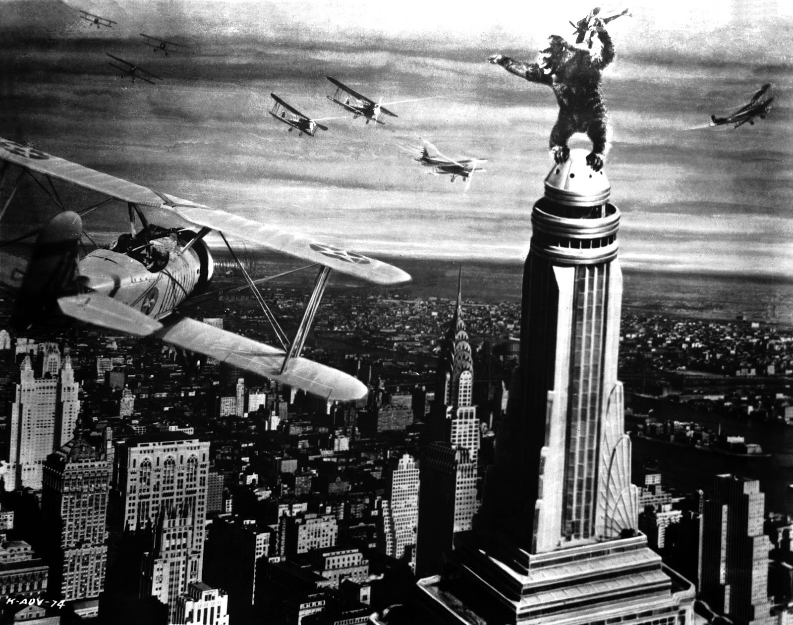 King Kong Empire State Building Drawing The empire state building King Kong Empire State Building With Girl