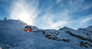 Explore Beautiful Mount Titlis -A World of Snow and Ice on Europe Tour