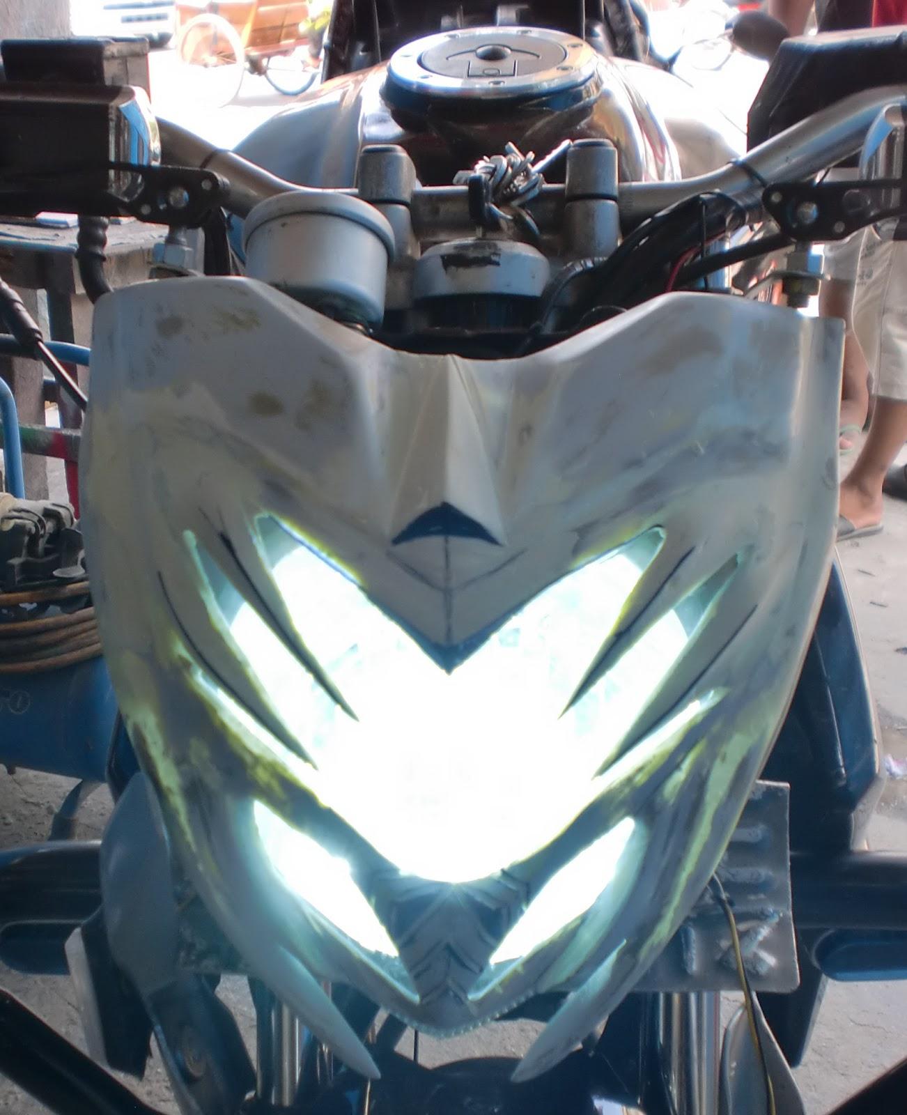 alat variasi kondom lampu depan motor byson