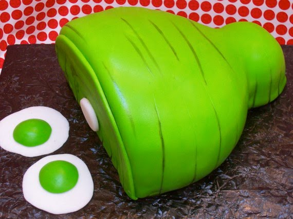 Super Punch: Green Eggs and Ham cake