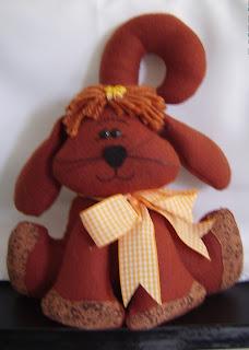 cãozinho enfeite de porta; enfeite de maçaneta; bonecos de pano; bichinhos em tecido