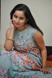 Ishika Singh Picture Gallery at Malli Raadoy Life Movie Success Meet ~ Bollywood and South Indian Cinema Actress Exclusive Picture Galleries