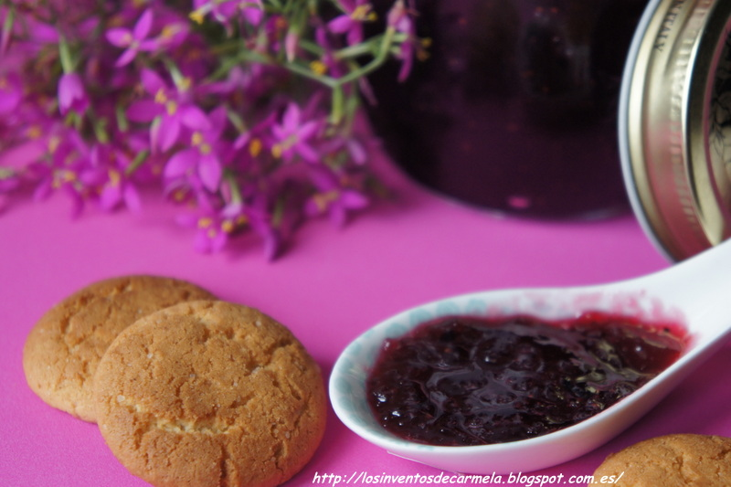 Convierte una mermelada de fresa en algo especial añadiendo manzana y arándanos