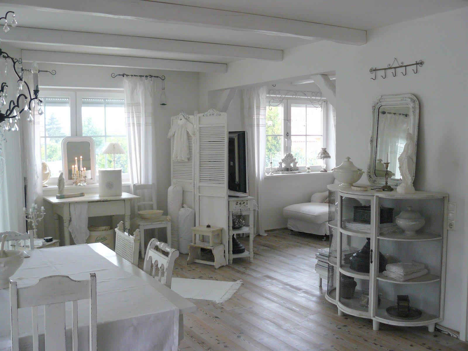 Moois en liefs klein knus en wit for Brocante woonkamer