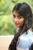 Pooja hegde gorgeous photo shoot-thumbnail-25