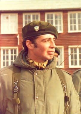 Teniente Primero I (Post-Mortem) ROBERTO NESTOR ESTEVEZ (24/02/1957 - 28/05/198