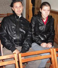 Alături de eleva Mihaela Popa (clasa a X-a C), la dezbaterea despre Holocaust (8.10.2012)...