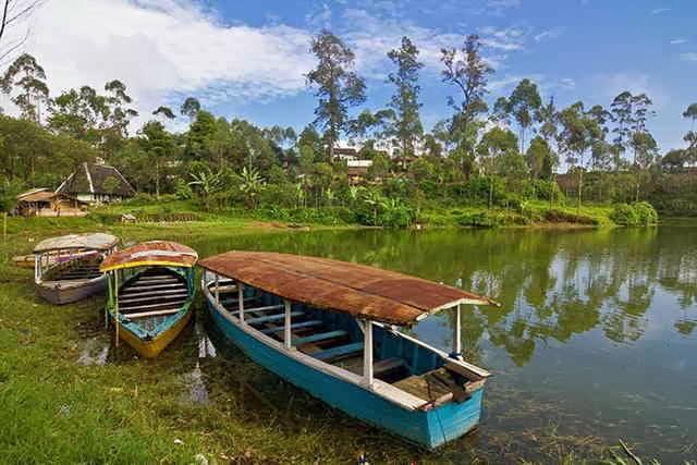 Situ Cileunca Lokasi Outbound di Pangalengan