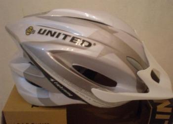Aksesoris Sepeda: Helm Sepeda United F38