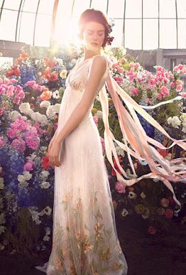 vestido longo romântico
