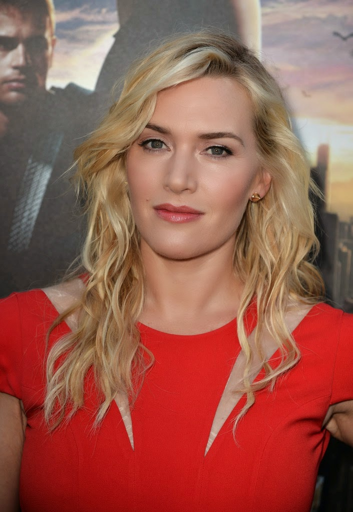 Kate Winslet Hot HD High Resolution Wallpapers for PC