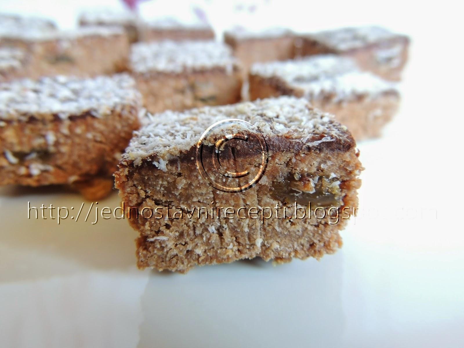 kokos kolac sa mlevenim plazma keksom