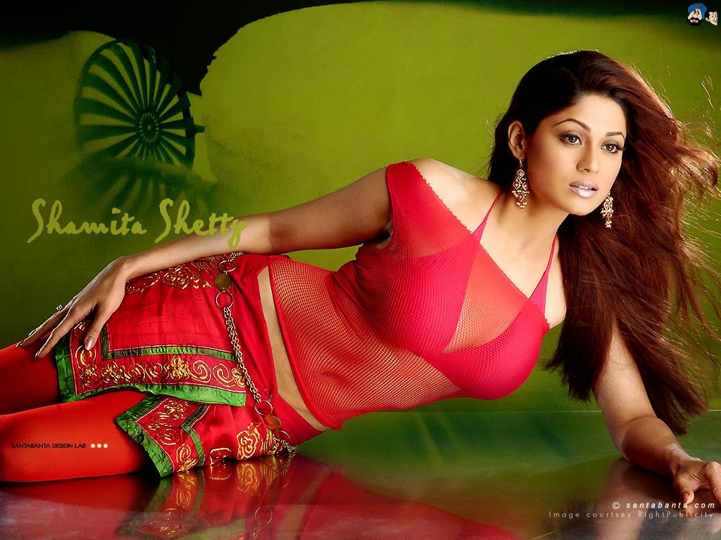 Koleksi Foto Shamita Shetty Terseksi 4