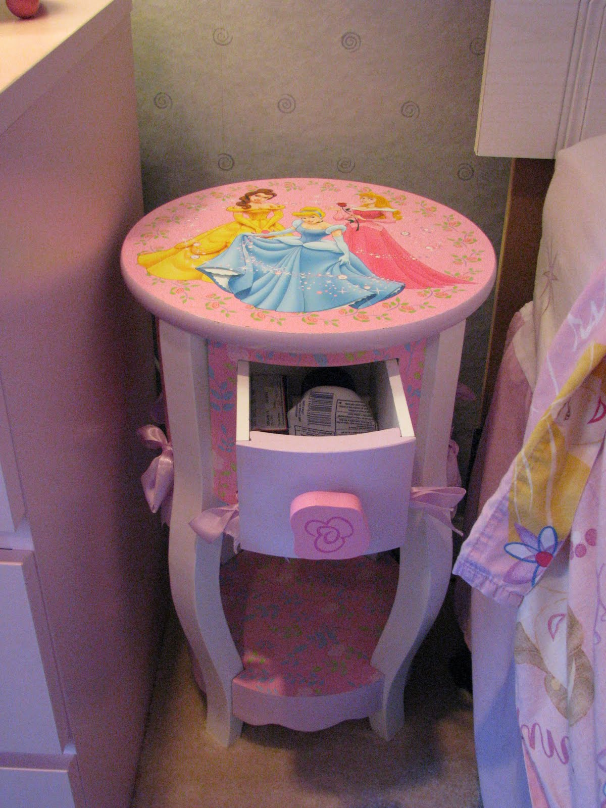 For Sale: Disney Princess End Table/Night Stand