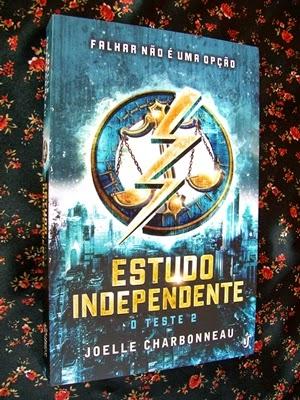 Estudo Independente * Joelle Charbonneau