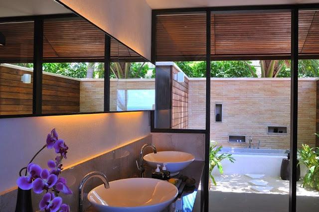 Lily Beach Resort and Spa Maldives