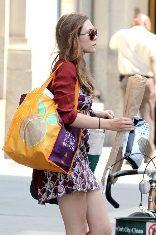 Elizabeth Olsen Hits Up Whole Foods in NYC » Gossip | Elizabeth Olsen