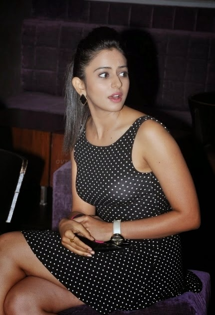 rakul preet singh hot upskirt photo