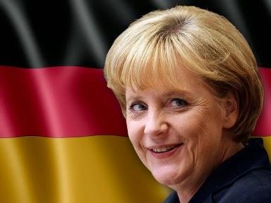 Άνγκελα Μέρκελ με φόντο τη γερμανική σημαία